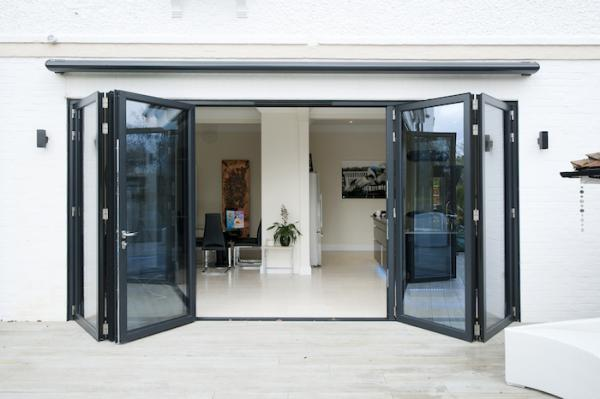 5 tips for cleaning glass without streaks 4 part bi folding door set sprayed in a grey black ral 7021 planetlyrics Gallery
